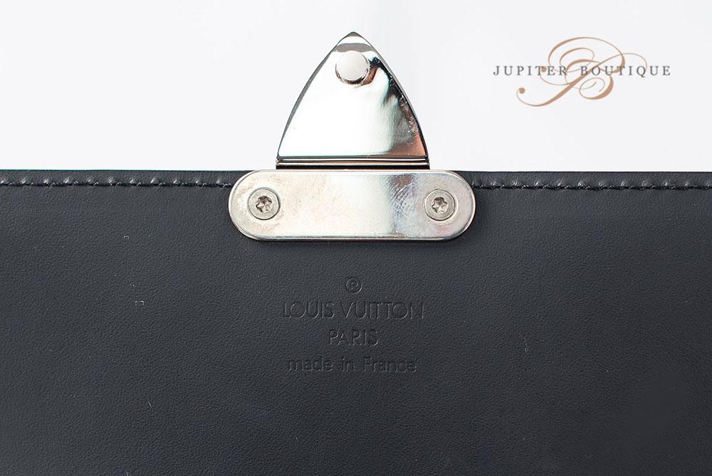 ... Wallets LOUIS VUITTON Portefeuille Anouchka Monogram Glace Mini Clutch  Wallet PM.    2a4d4ae741777